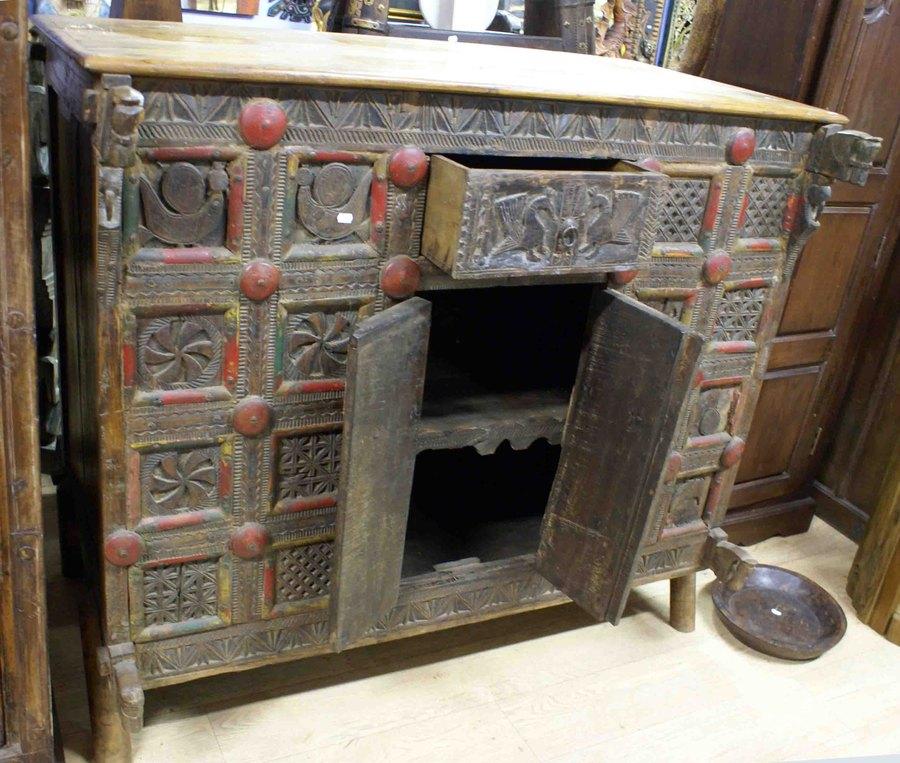 ancien meuble de mariage indien h 113 cm. Black Bedroom Furniture Sets. Home Design Ideas