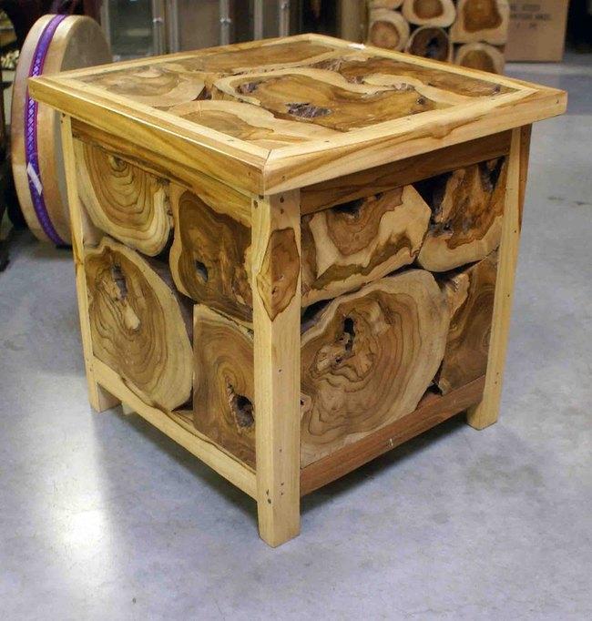 Table basse carr e en bois h 45 cm for Petite table basse carree