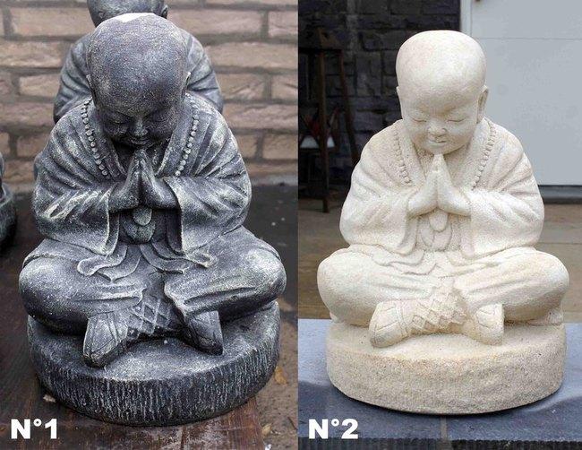 Des statues de bouddha et de ganesh en pierre de lave for Statue bouddha exterieur pour jardin