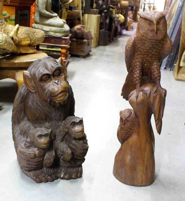le monde de la d co des animaux en bois les statues figurines et sculptures animaux en bois. Black Bedroom Furniture Sets. Home Design Ideas