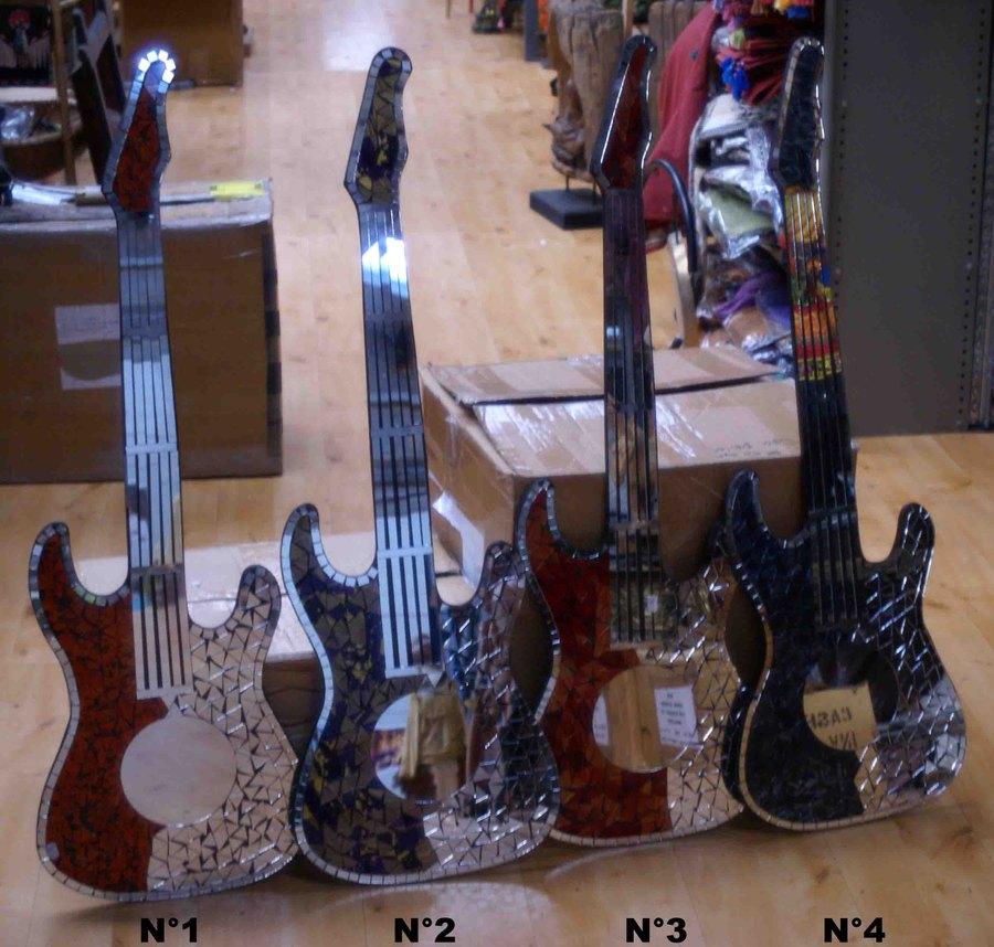 Déco Murale Guitare En Mosaïque De Verre H 103 Cm